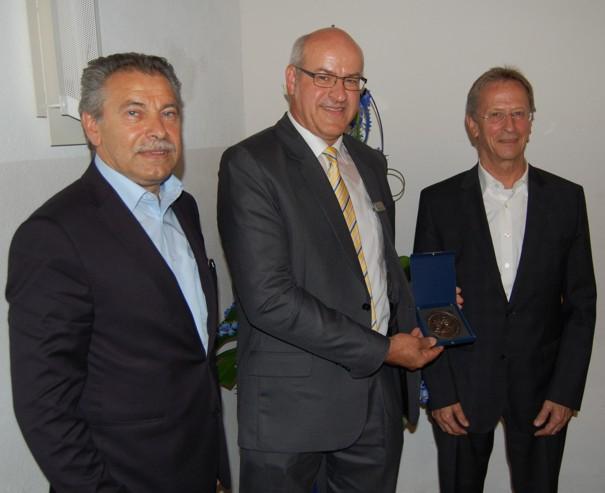 Überreichung der Raiffeisen-Schulze-Delitzsch Medaille